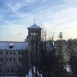 White flakes dusted campus as 2017 saw its first snowfall of the new year.