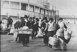 image credit: https://eogn.files.wordpress.com/2017/01/ellis-island-immigrants.jpg