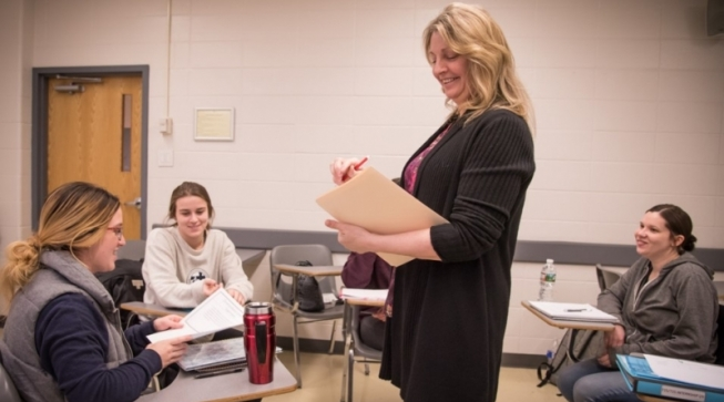 Faculty assigning students field experiences