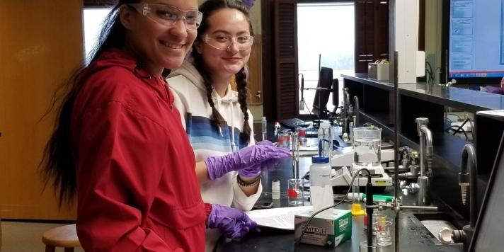 girls in lab