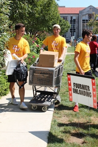 As always, CHC student athletes were on hand to help out as new students moved in this past Friday.